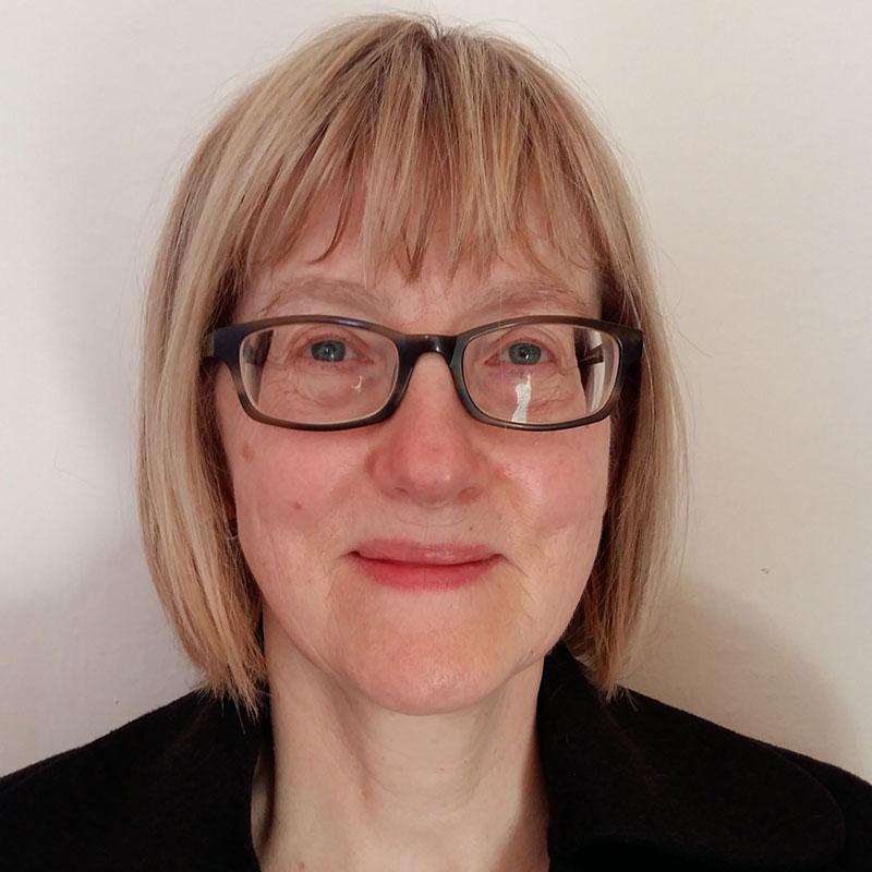 Dr Elizabeth Theaker